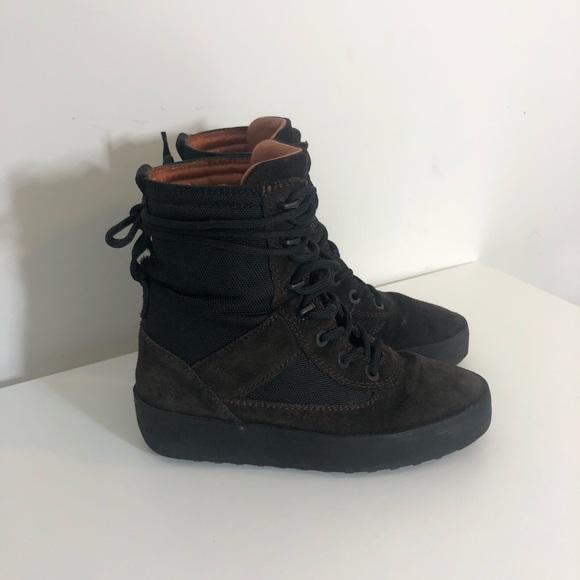 3a89849e4e5fc YEEZY Season 3 Boots US 7   37